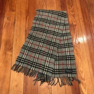 Burberry Authentic Lambswool Grey Nova Scarf